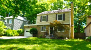 2000 Sq. Ft Remodeled In Bexley!