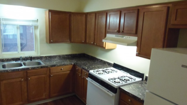 Remodeled 2 Bedroom Hilltop Condo