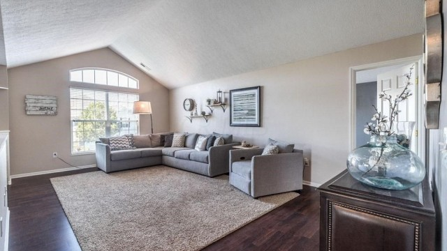 Vinings at Tuttle Crossing Condo For Rent